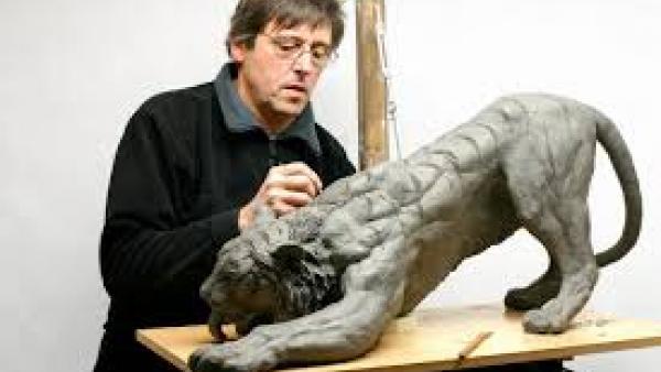 vassil sculptant 1.jpg